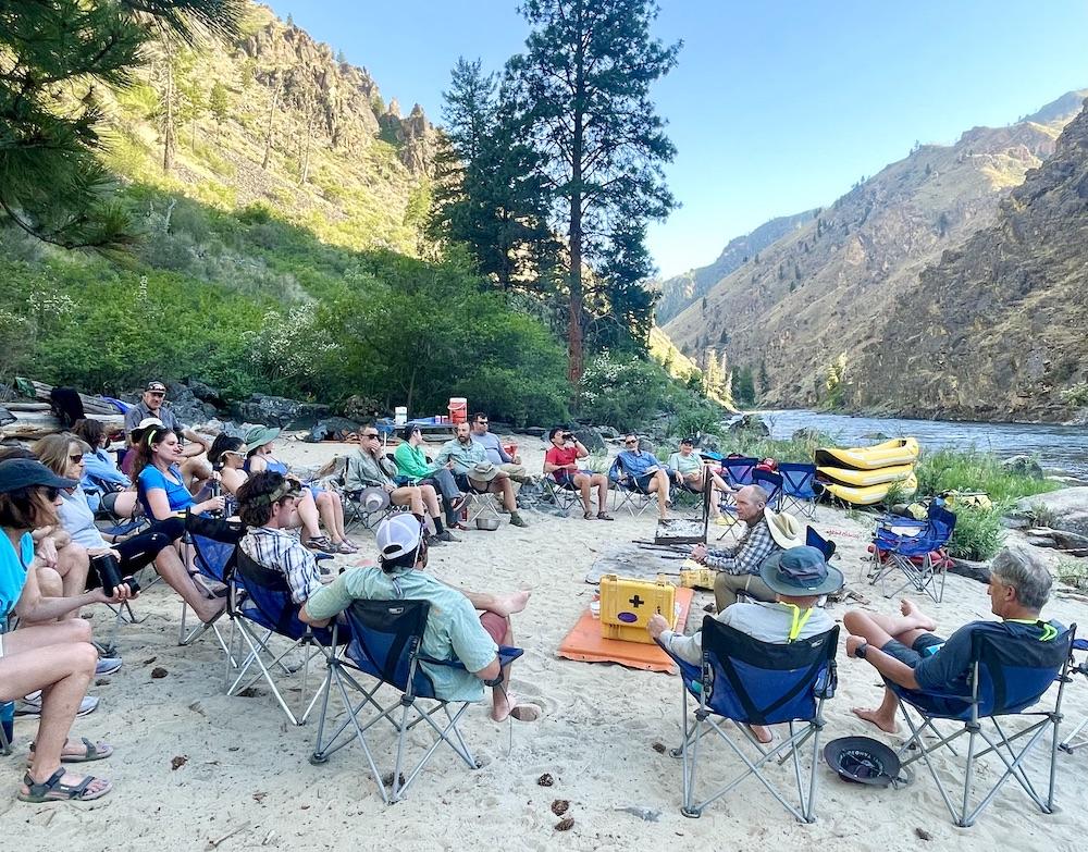 wilderness-rafting-beachside-group